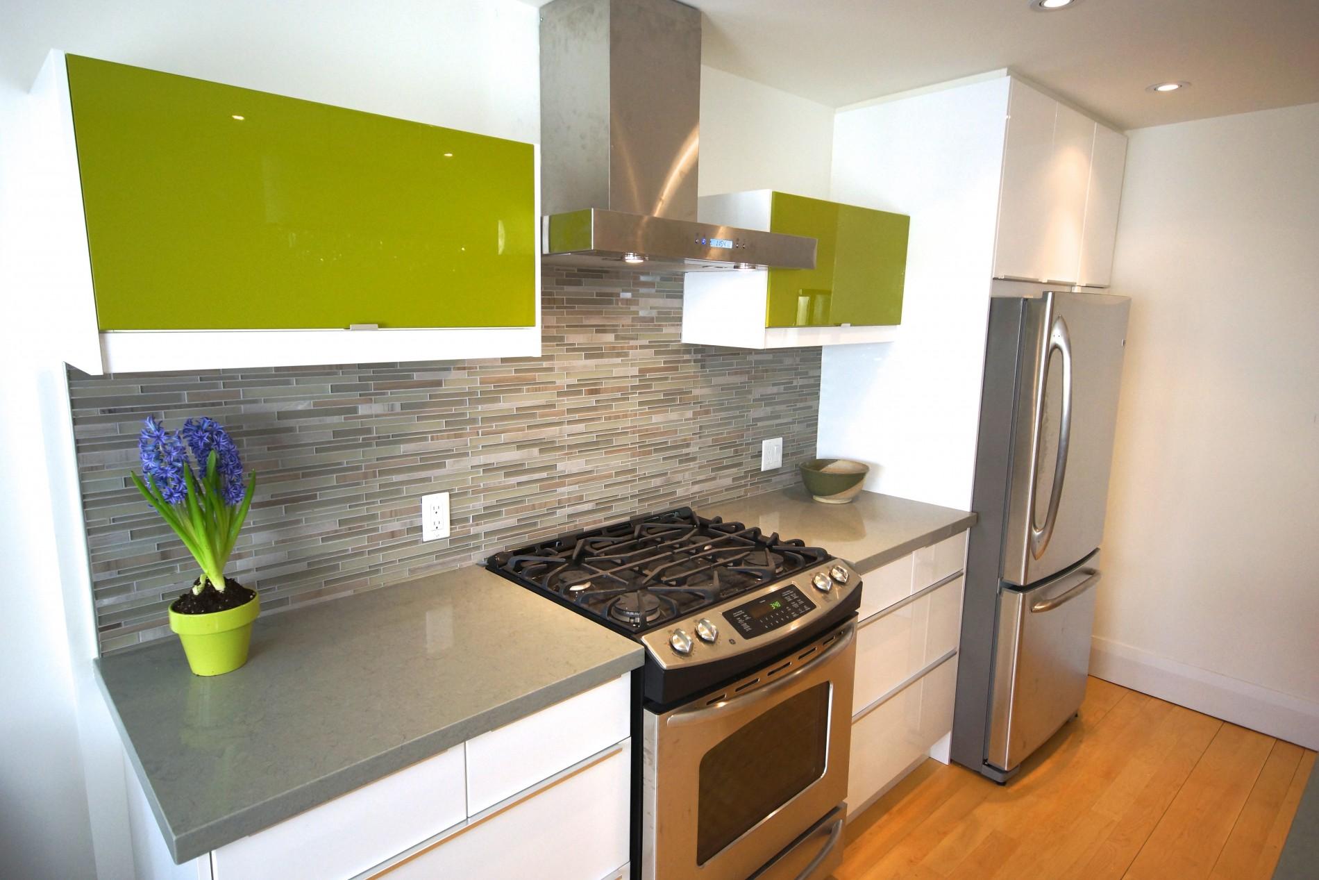 Leslieville Modern Kitchen - Featured Image