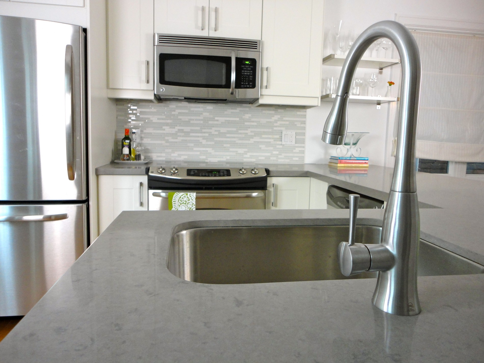 Upper Beaches Contemporary Kitchen - Featured Image