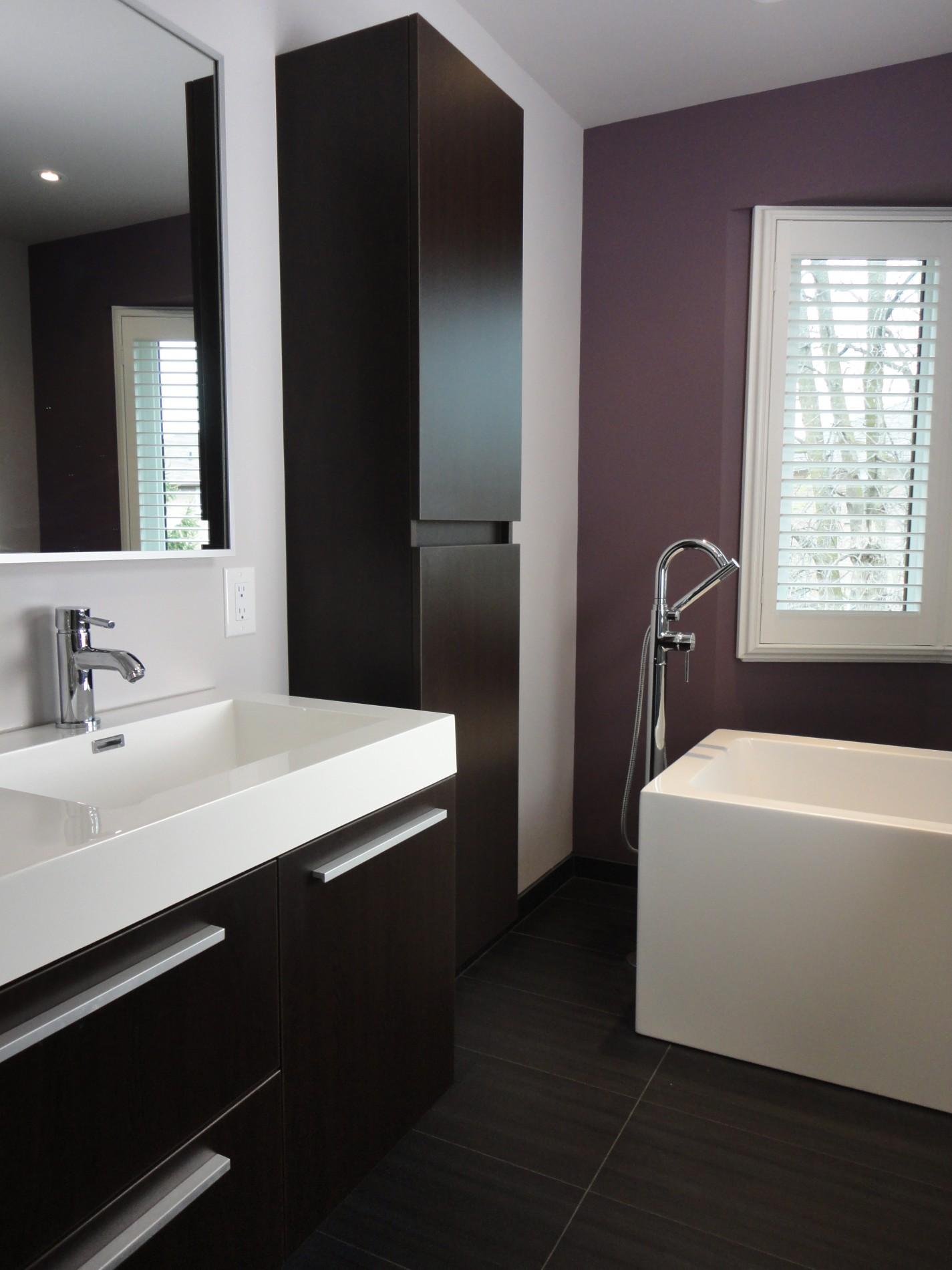 Richmond Hill Modern Ensuite Bath - Featured Image