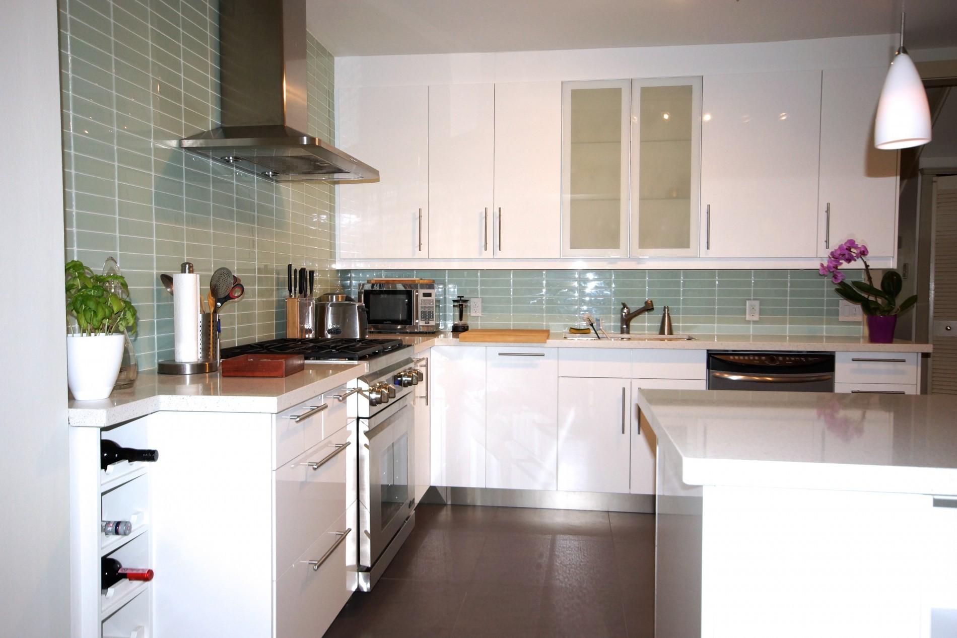 Toronto Beaches Modern Kitchen - Featured Image