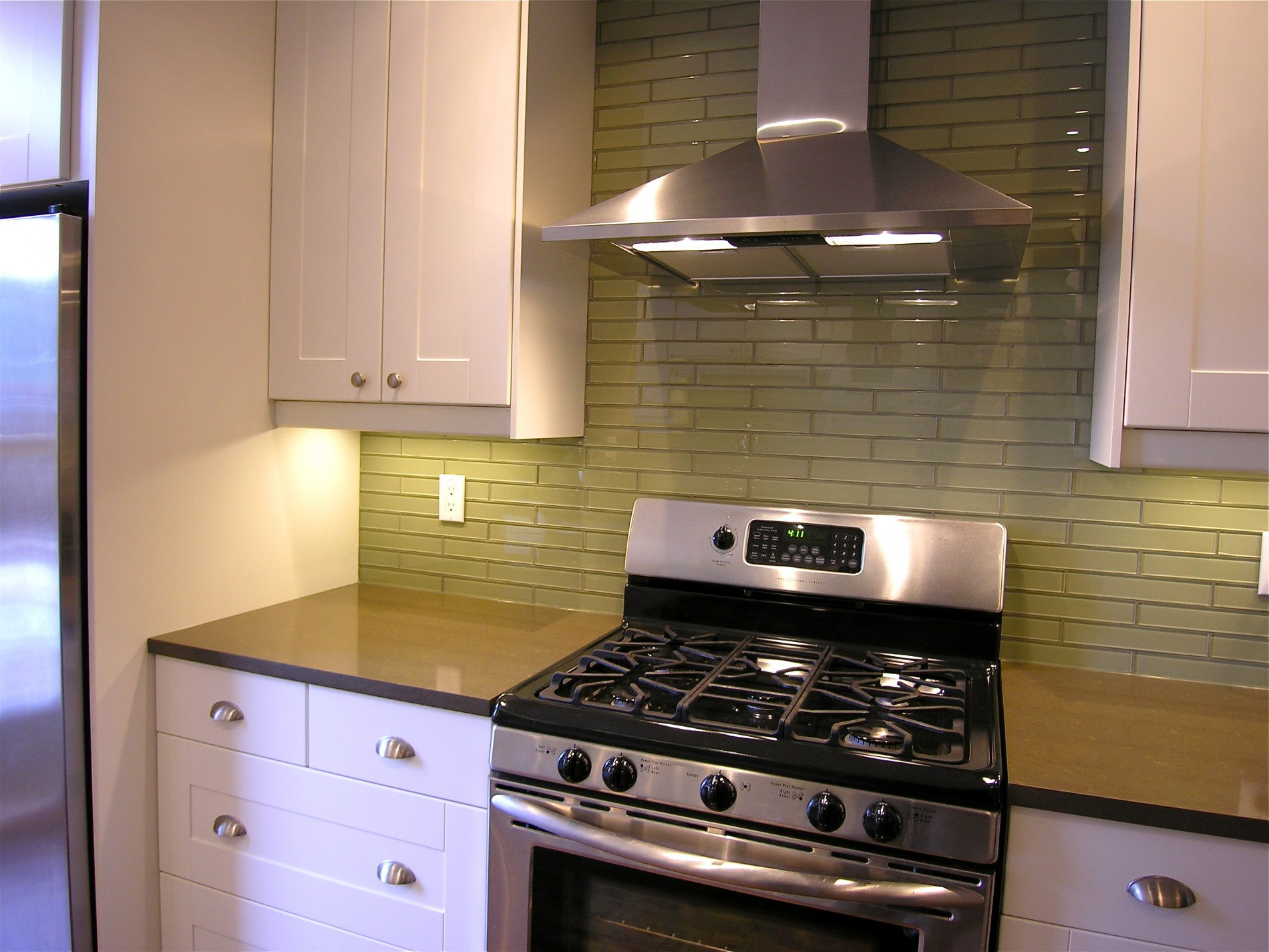 Withrow Ave. – Riverdale Toronto Contemporary Kitchen - Featured Image