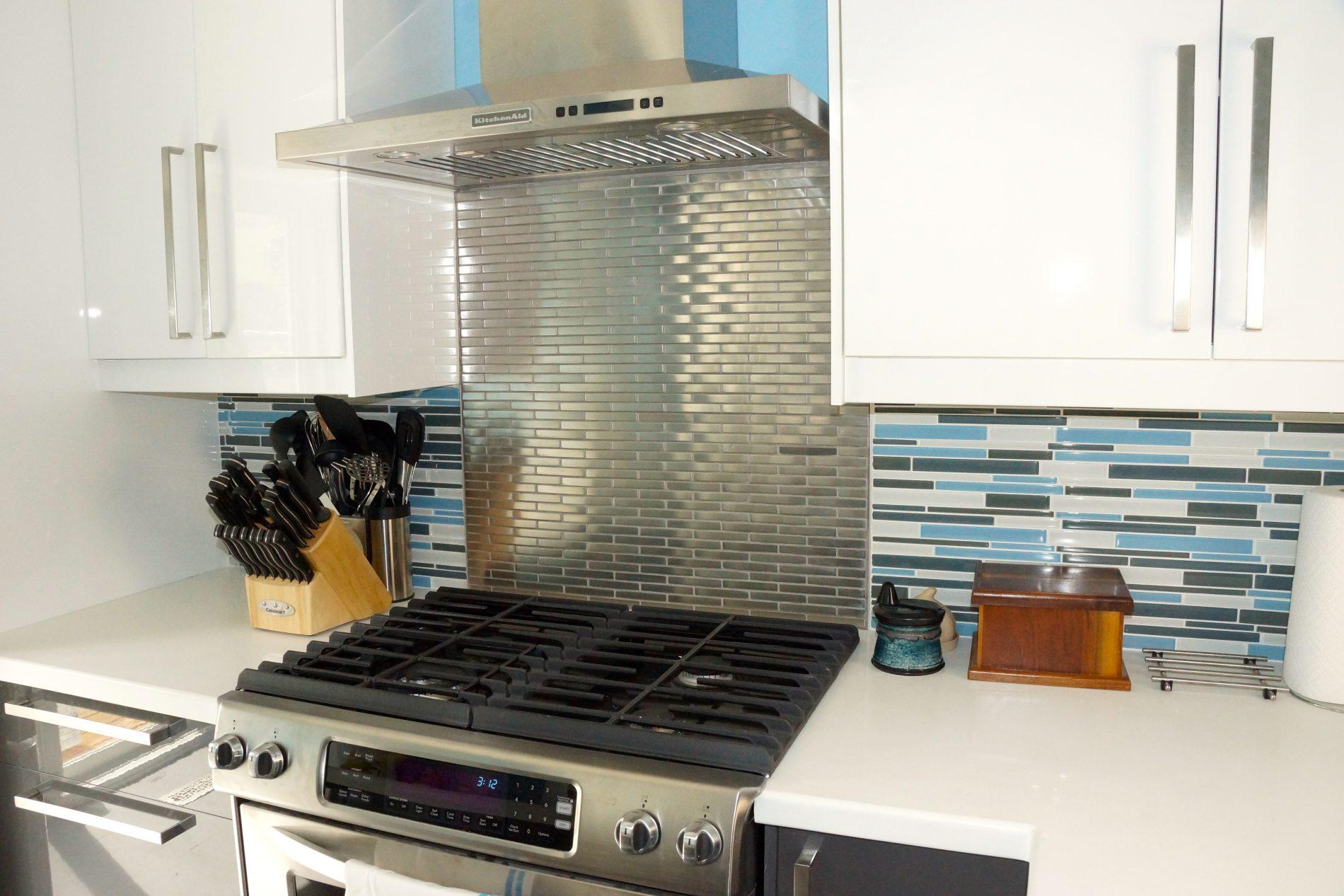 Bingham Ave. – The Beaches Toronto Modern Kitchen Renovation - Featured Image