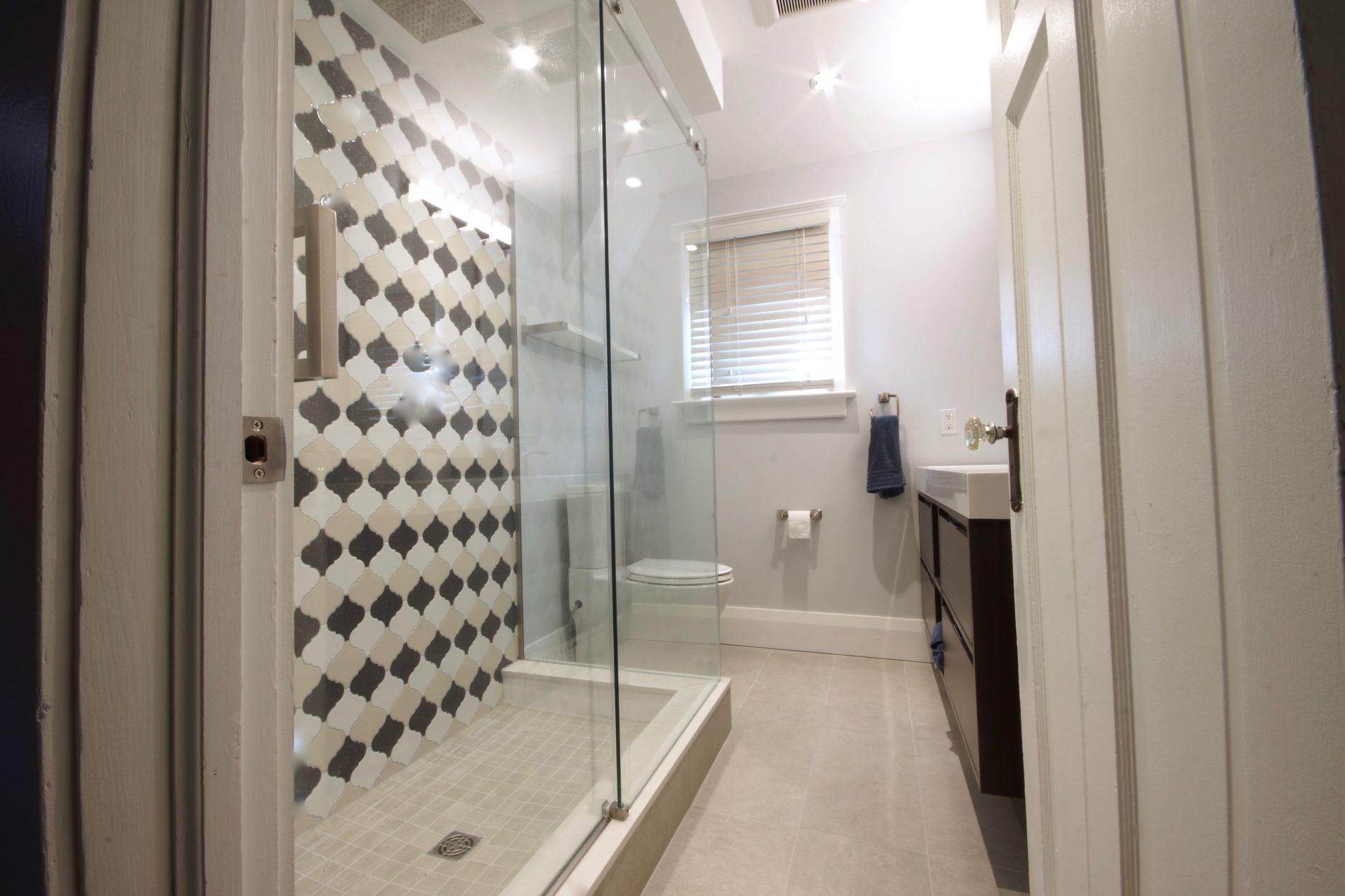 Bingham Ave. – The Beaches Toronto Main Bathroom Renovation - Featured Image