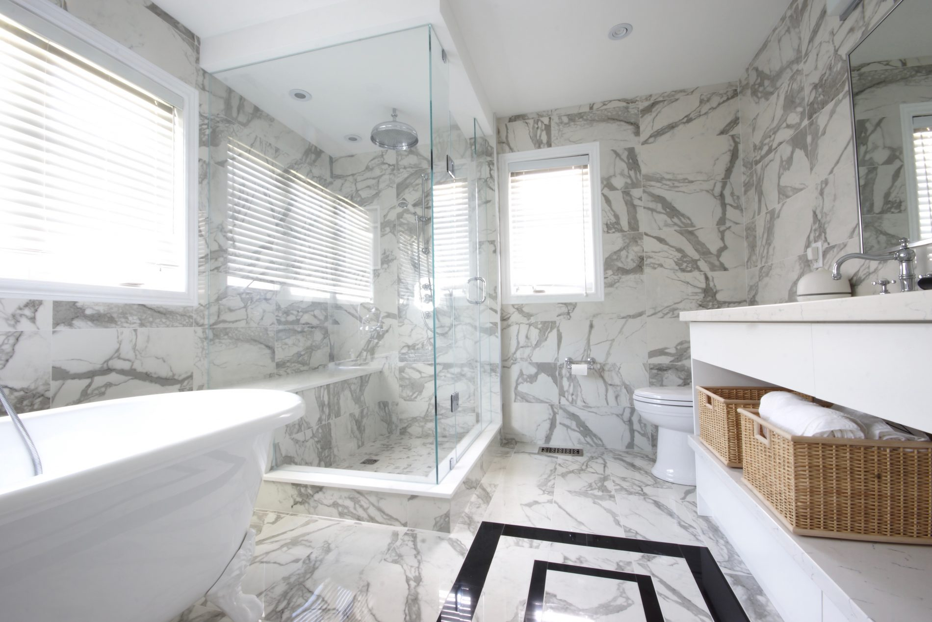 Greater Toronto Area Perrin & Rowe Bathroom - Featured Image