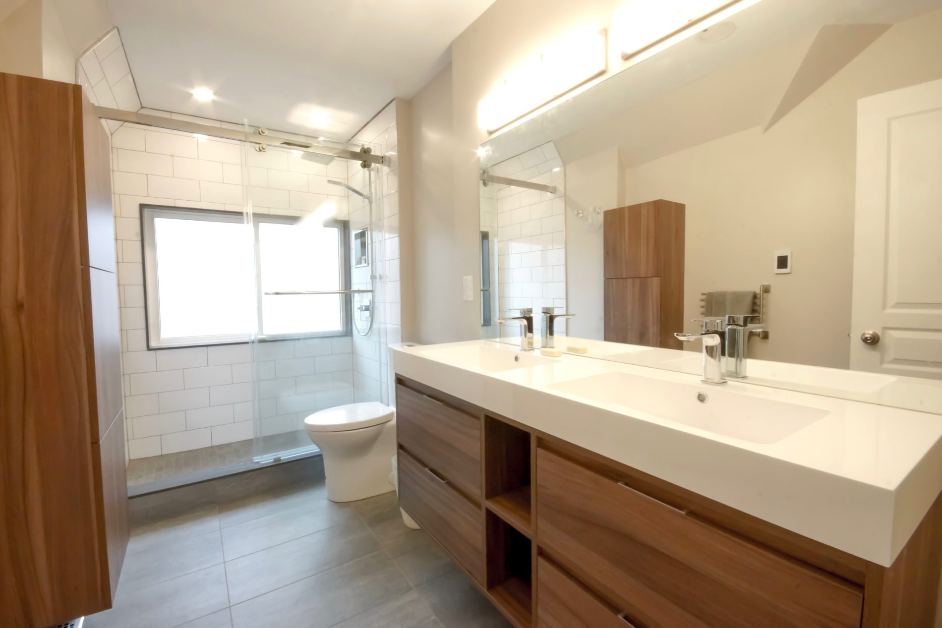 East York Ave. – Toronto Contemporary Bathroom - Featured Image