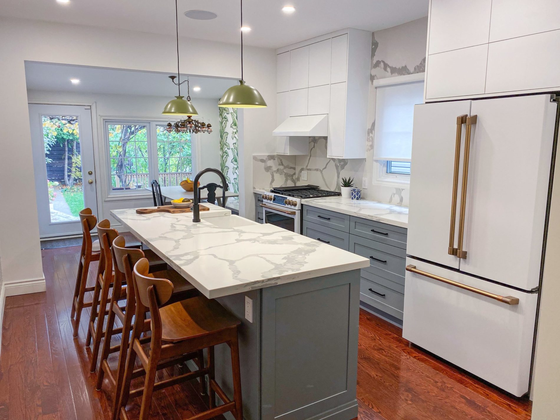 Delaware Ave. – Dovercourt Kitchen – Cafe Appliances - Featured Image
